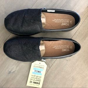Toms Shoes - TOMS black glitter TOMS – Youth size 5